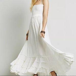 Dresses & Skirts - White maxi
